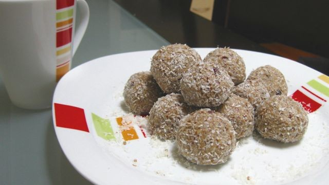 sesame-power-balls-640x360
